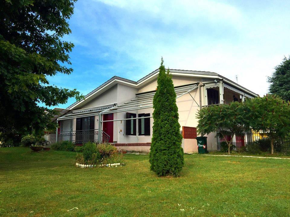 Villa in ottime condizioni in vendita Rif. 9425036