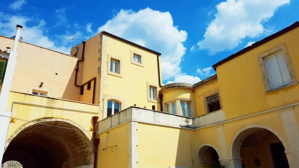 Appartamento 6 locali in vendita a Avola (SR)