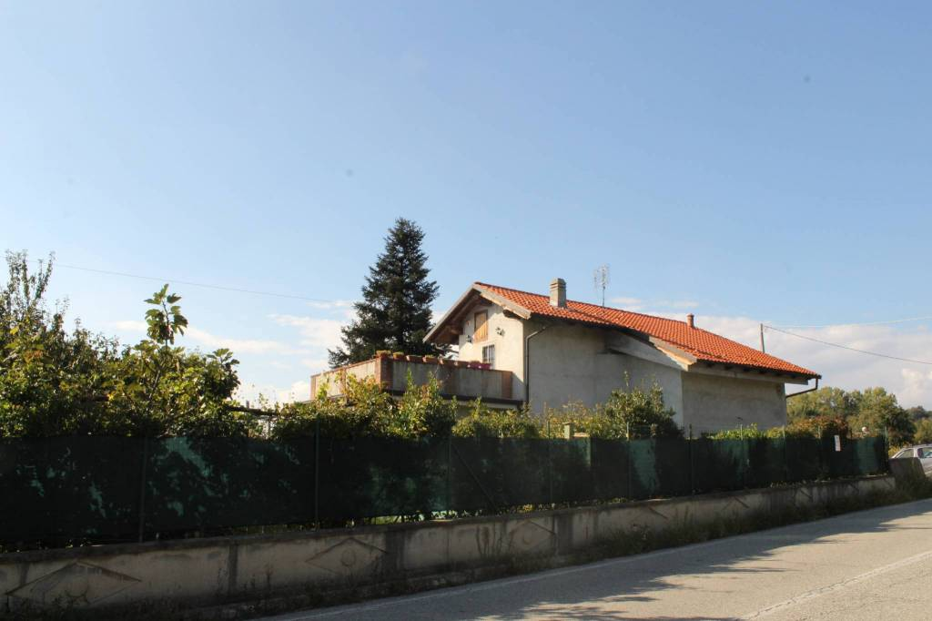 Villa in ottime condizioni in vendita Rif. 8155458