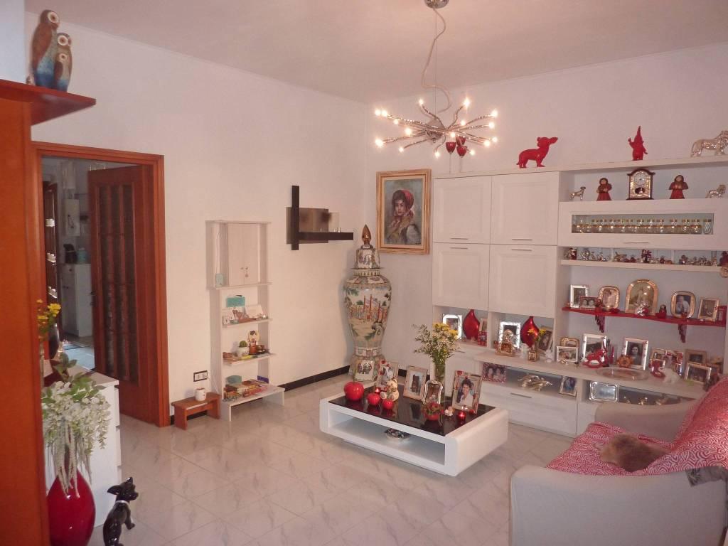 Appartamento in ottime condizioni in vendita Rif. 9482222