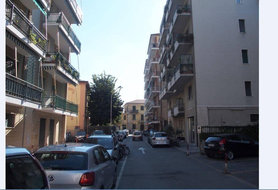 Appartamento in ottime condizioni in affitto Rif. 8150921
