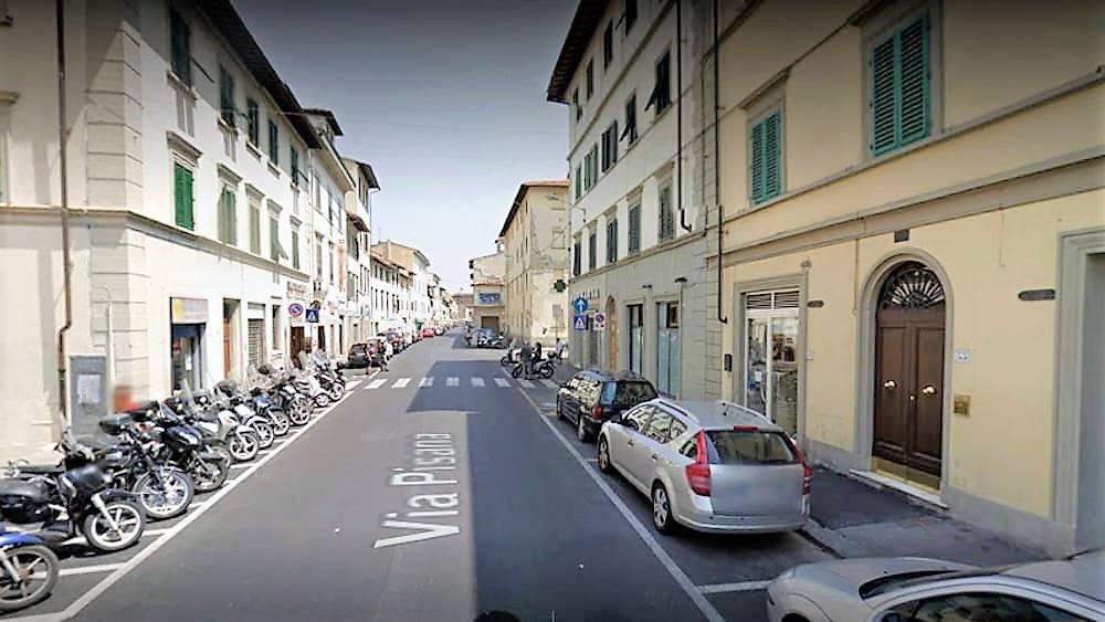 Appartamento in vendita 5 vani 100 mq.  via Benozzo Gozzoli Firenze