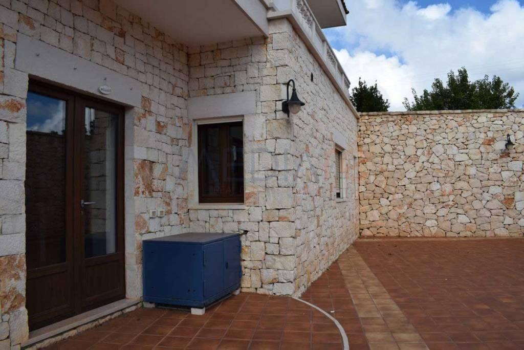 Villa quadrilocale in affitto a Martina Franca (TA)
