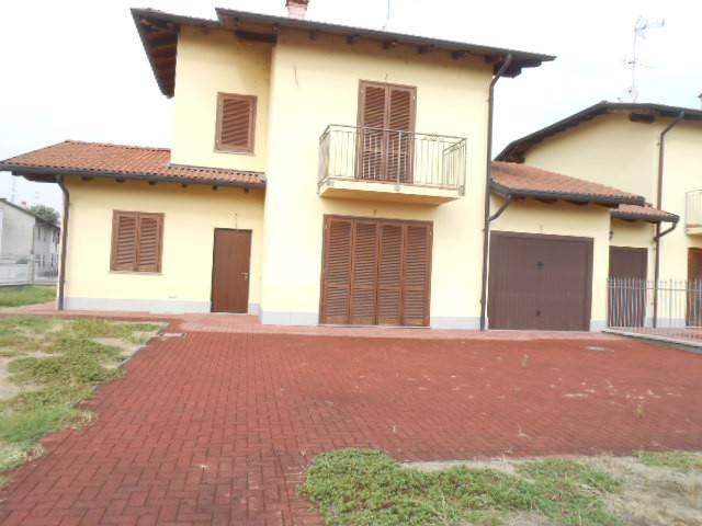 Villa in vendita a Pezzana, 4 locali, prezzo € 170.000 | CambioCasa.it