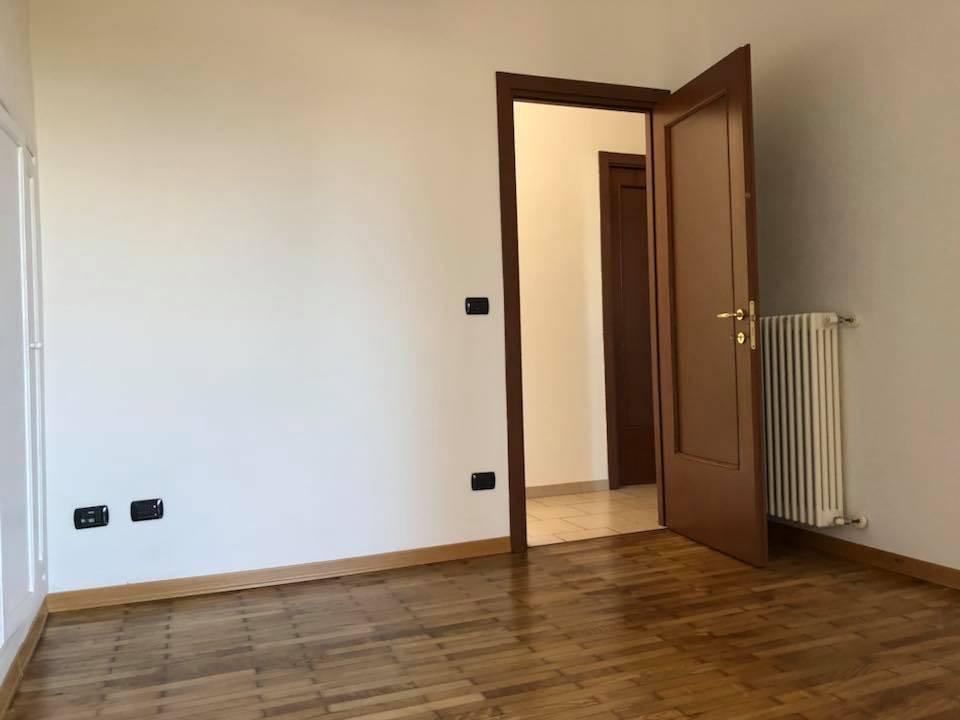 Appartamento in affitto a Cuneo, 3 locali, prezzo € 375 | CambioCasa.it