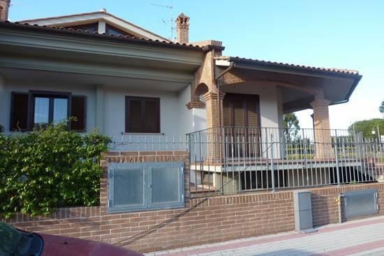 Villa in vendita Rif. 8157084