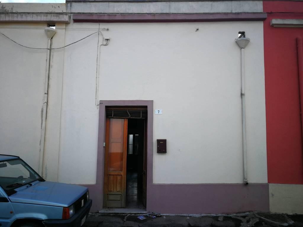Appartamento in buone condizioni in vendita Rif. 8150723