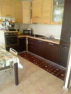 Appartamento in buone condizioni in vendita Rif. 8174774