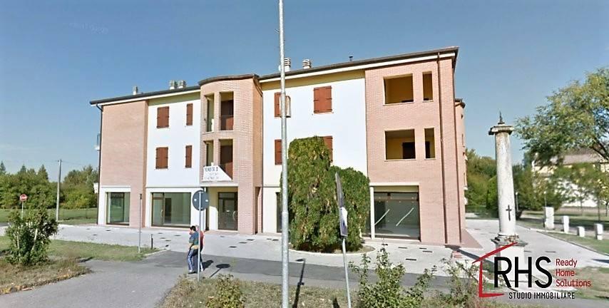 Appartamento in ottime condizioni in vendita Rif. 8176118