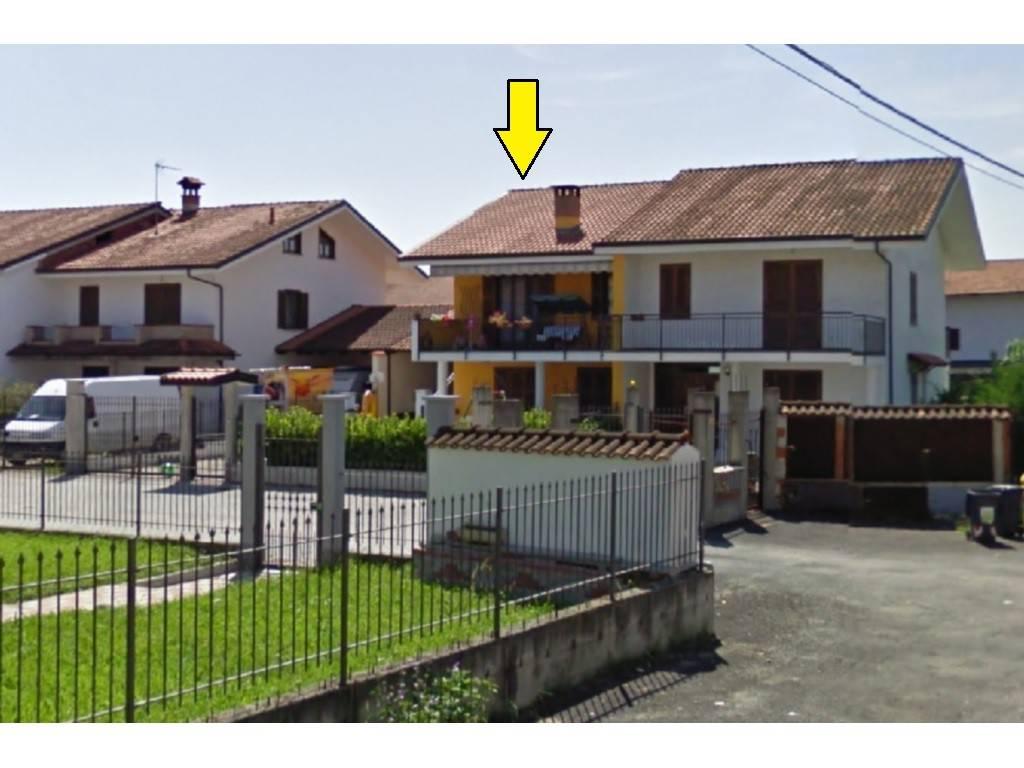 Appartamento in ottime condizioni in vendita Rif. 8172982