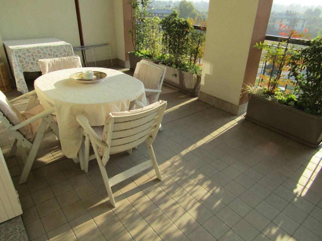 Appartamento in vendita a Segrate, 4 locali, prezzo € 370.000 | CambioCasa.it