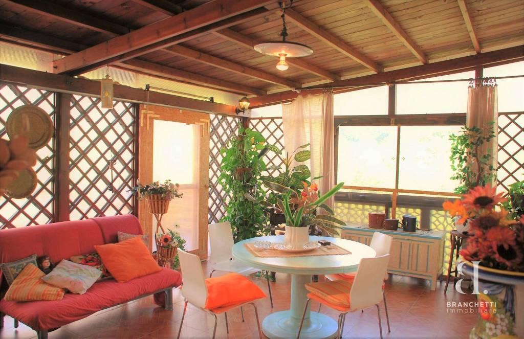 Casa Indipendente in ottime condizioni in vendita Rif. 8174666