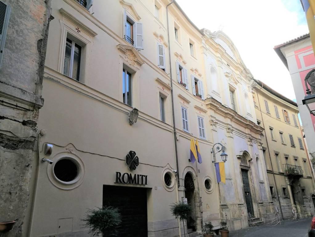 Appartamento in vendita Rif. 8172880