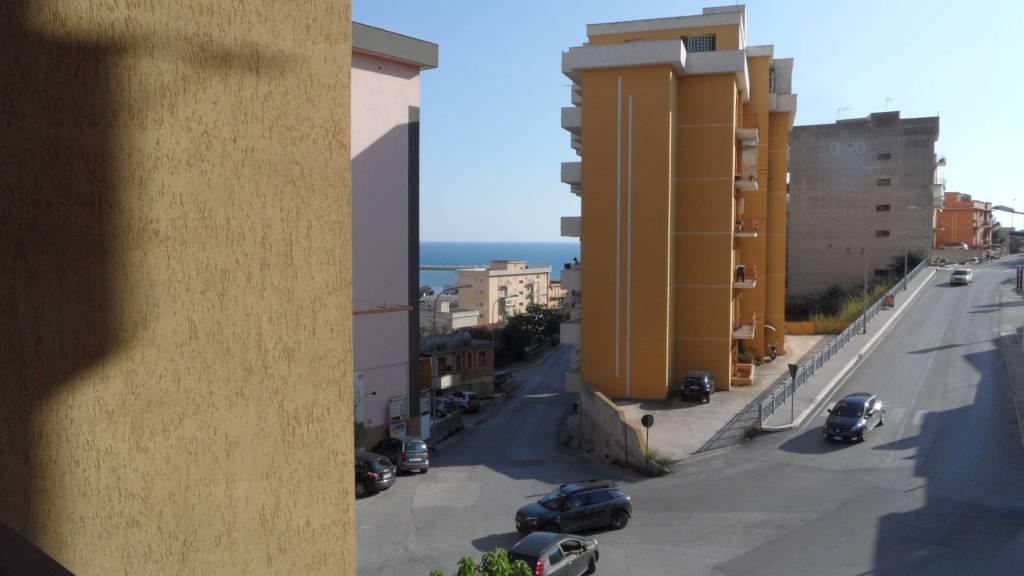 Appartamento in vendita Rif. 8174011