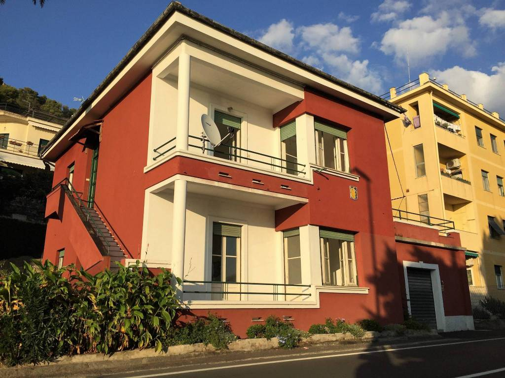 Foto 1 di Villa via Aurelia 77, Bogliasco