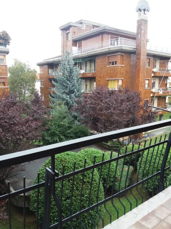 APPARTAMENTO MOLTO AMPIO in bellissima zona residenziale