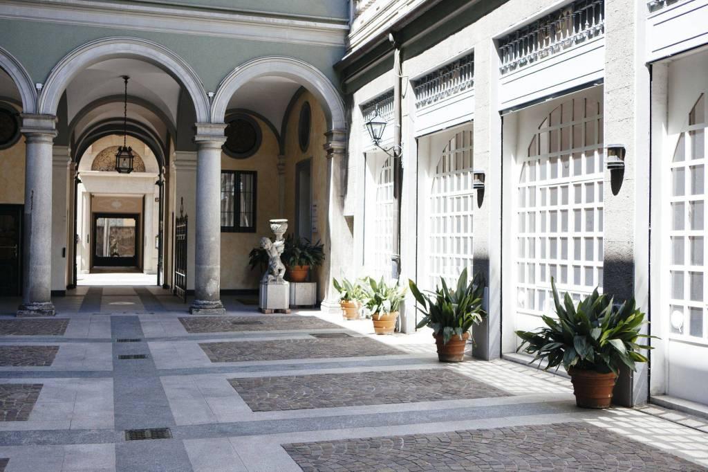 Appartamento in Affitto a Milano 01 Centro storico (Cerchia dei Navigli): 4 locali, 150 mq