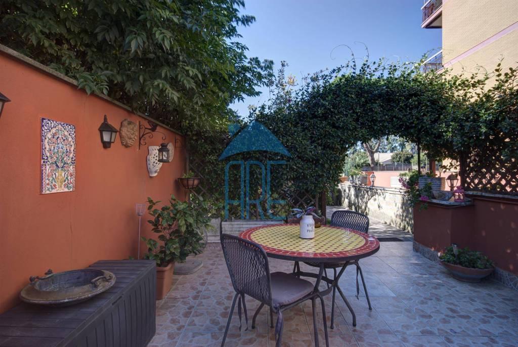 Appartamento in vendita a Roma, 4 locali, zona Zona: 36 . Finocchio, Torre Gaia, Tor Vergata, Borghesiana, prezzo € 378.000 | CambioCasa.it