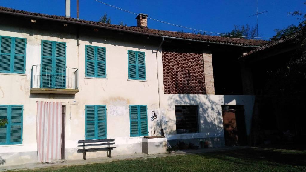 Rustico / Casale in vendita a Celle Enomondo, 4 locali, prezzo € 35.000 | CambioCasa.it