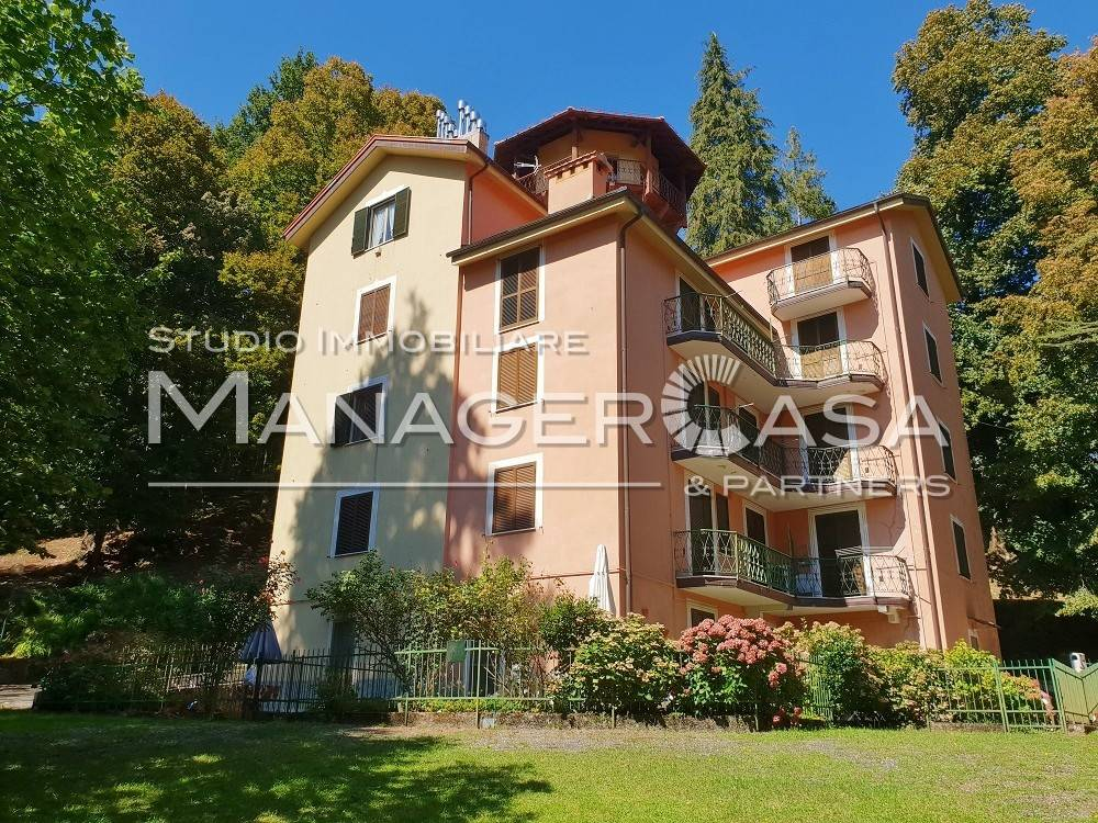 Foto 1 di Bilocale via Giuseppe Rosciano, Torriglia