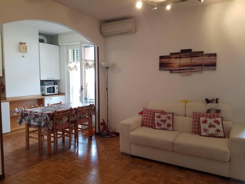 Appartamento in buone condizioni in vendita Rif. 8172285