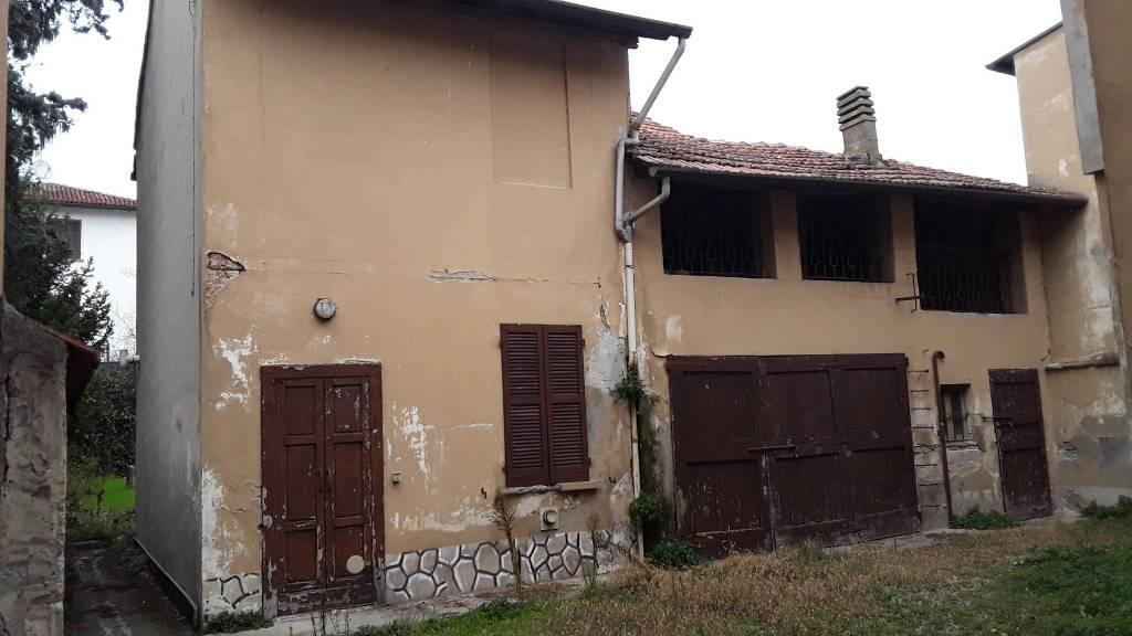 Casa Indipendente da ristrutturare in vendita Rif. 8175732