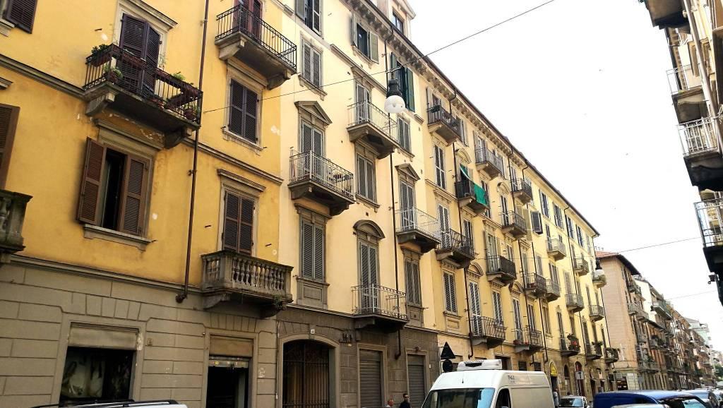 Negozio in affitto Zona Crocetta, San Secondo - via Vincenzo Gioberti 51 Torino