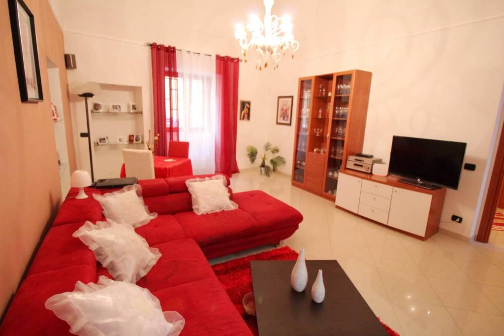Stabile / Palazzo in ottime condizioni in vendita Rif. 8174562