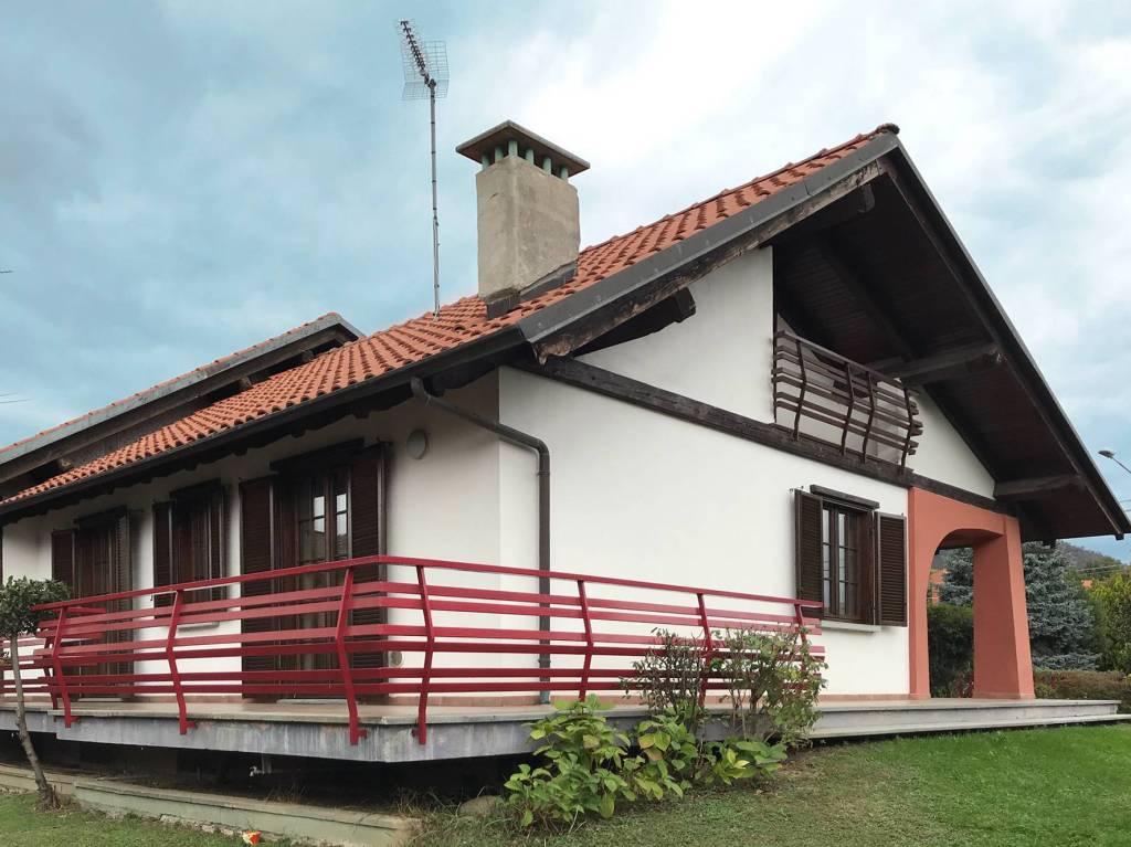 Villa in ottime condizioni in vendita Rif. 8191559