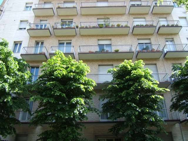 Appartamento in buone condizioni arredato in affitto Rif. 8187851
