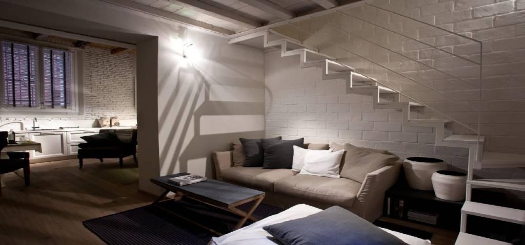 Appartamento in vendita 3 vani 80 mq.  via Marsala Bologna