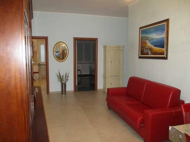 Appartamento in ottime condizioni arredato in affitto Rif. 8187688