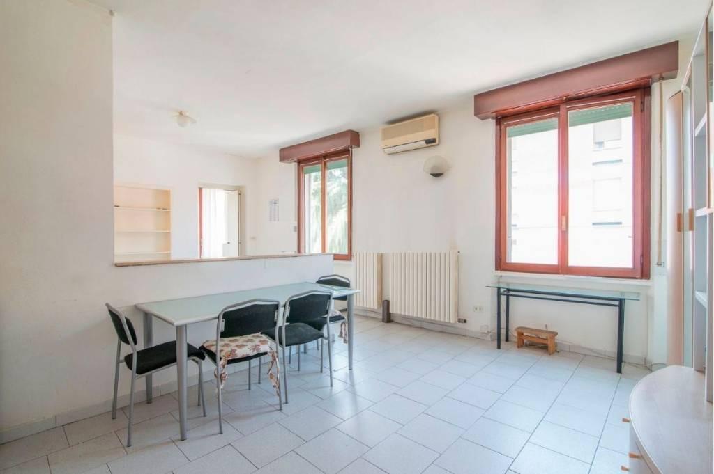 Appartamento in vendita a Milano, 2 locali, zona Zona: 7 . Corvetto, Lodi, Forlanini, Umbria, Rogoredo, prezzo € 107.000 | CambioCasa.it