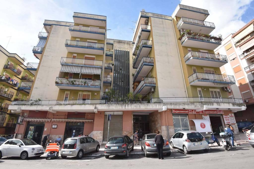 Negozio monolocale in vendita a Messina (ME)