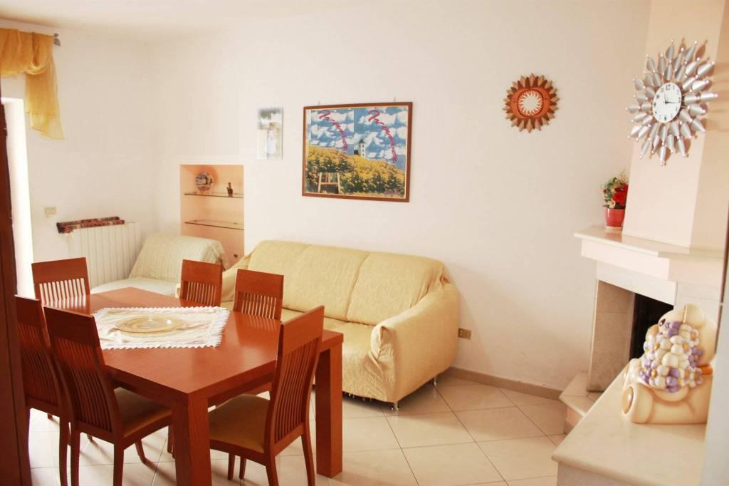 Valenzano - Centro storico appartamento di 3 vani