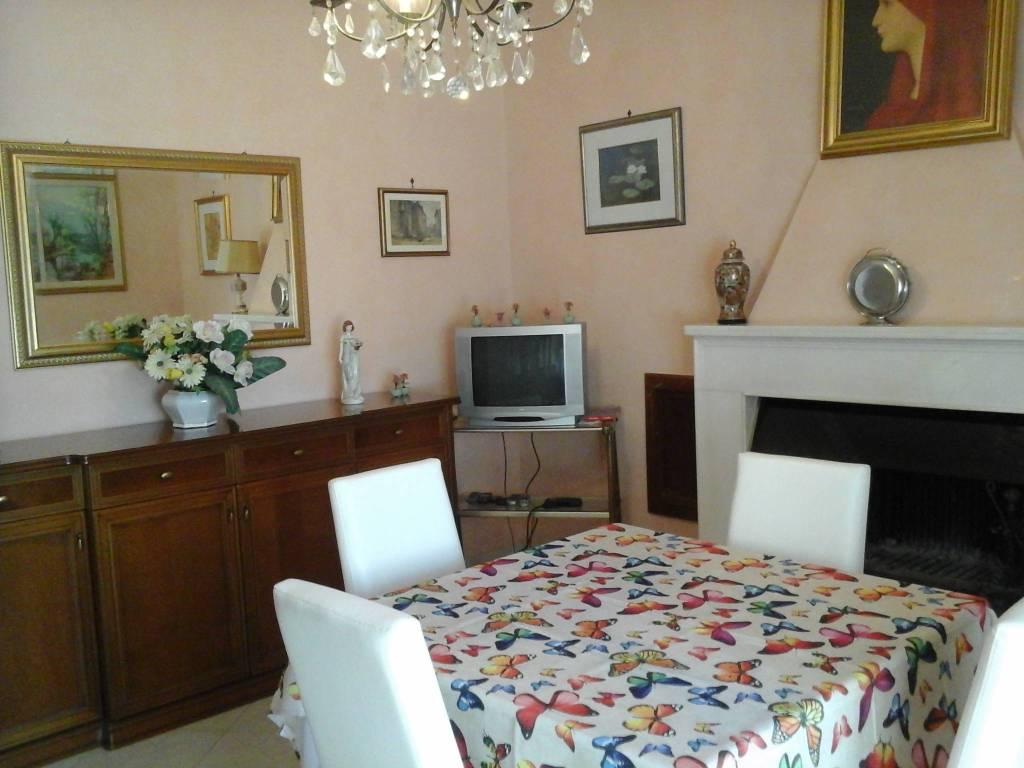 Appartamento arredato in affitto Rif. 8185155