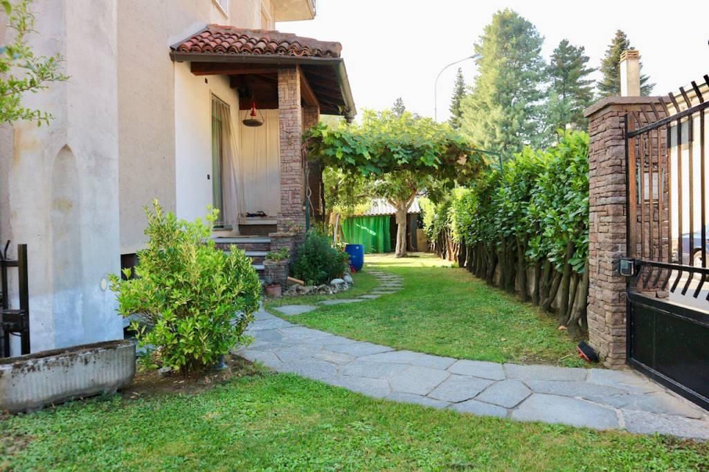 Appartamento in vendita a Albese con Cassano, 3 locali, prezzo € 195.000   CambioCasa.it
