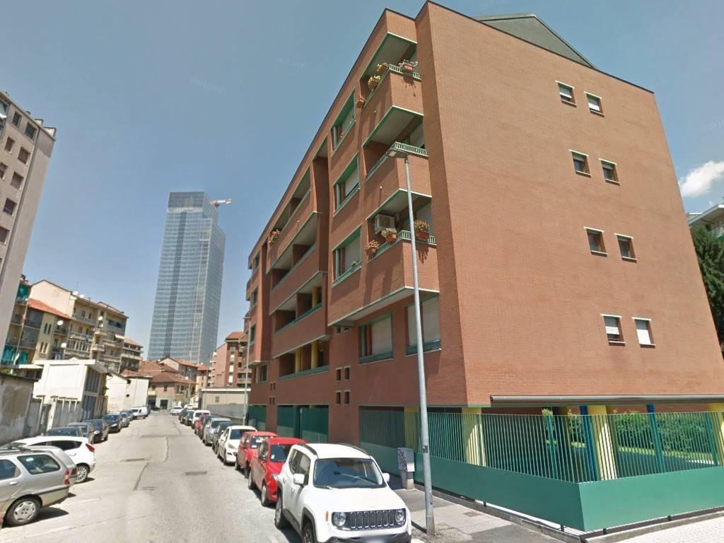 Appartamento in vendita a Torino, 5 locali, zona Zona: 4 . Nizza Millefonti, Italia 61, Valentino, prezzo € 135.000   CambioCasa.it