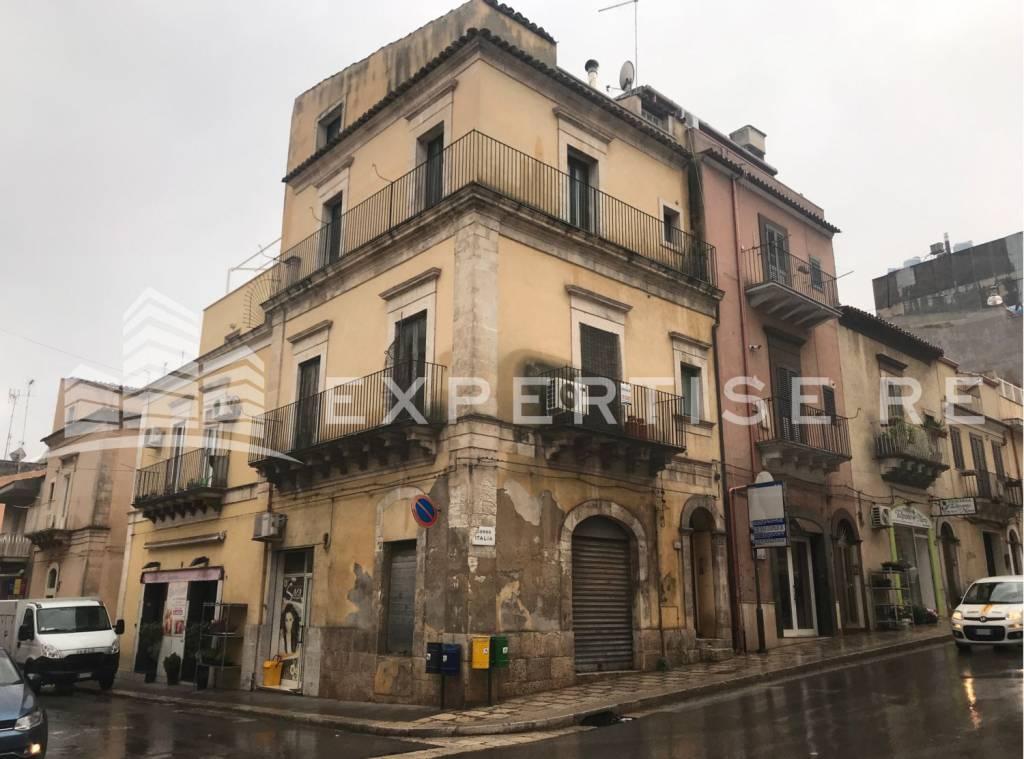 Alberghi - hotels - pensioni trilocale in vendita a Ragusa (RG)