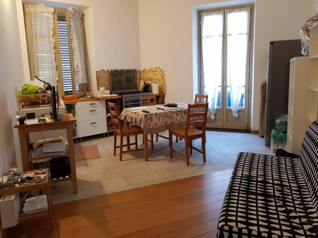Appartamento in ottime condizioni arredato in affitto Rif. 8191611