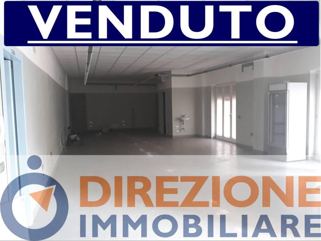 Appartamento da ristrutturare in vendita Rif. 8189064