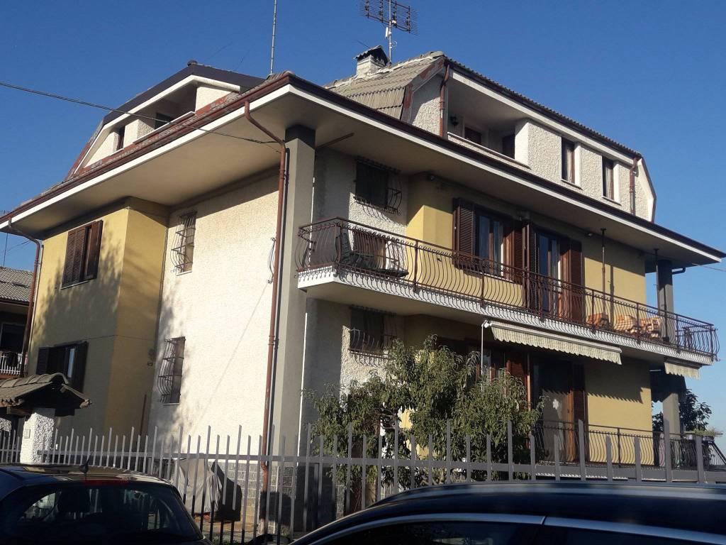 Attico / Mansarda in ottime condizioni arredato in vendita Rif. 8185060