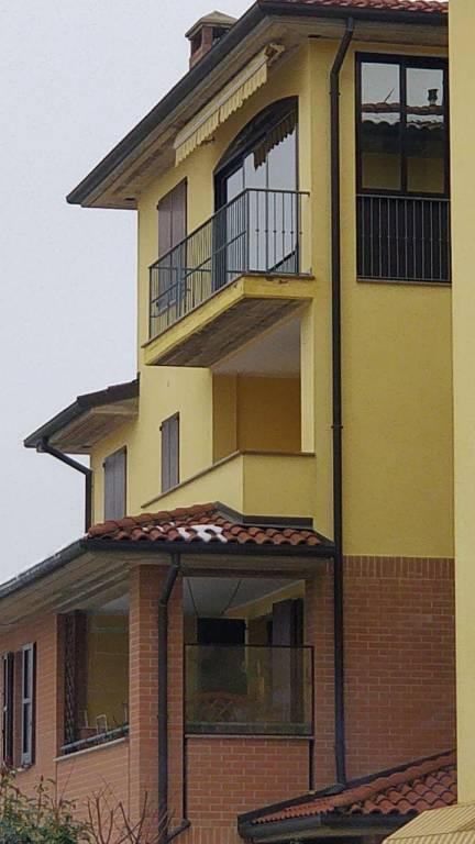 Appartamento in ottime condizioni arredato in vendita Rif. 8201338