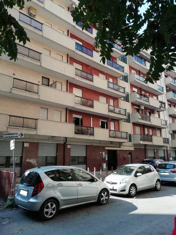 Ufficio 3 stanze in zona Piazza Padre Pio