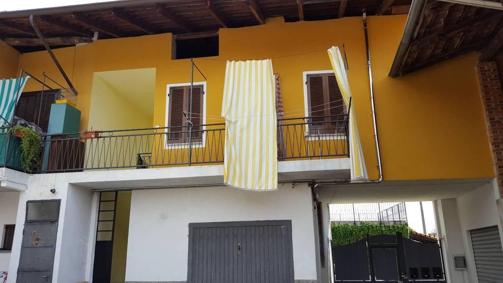 Appartamento in ottime condizioni in affitto Rif. 8204441