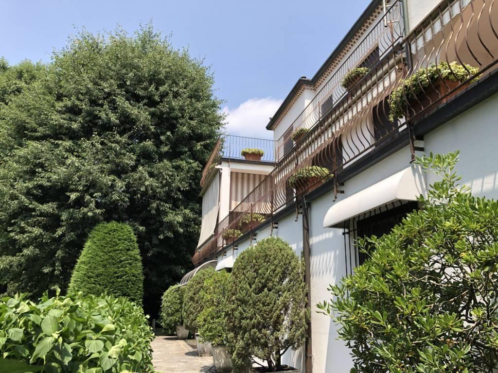 Villa in buone condizioni in vendita Rif. 8200219