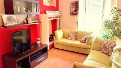 Appartamento in ottime condizioni parzialmente arredato in vendita Rif. 7400624