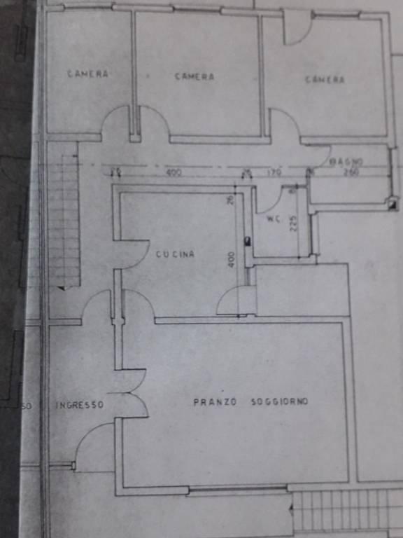 Appartamento tre camere con giardino privato