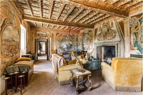 Casa Indipendente da ristrutturare arredato in vendita Rif. 8205038