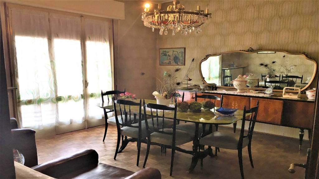 Villa da ristrutturare in vendita Rif. 8202516